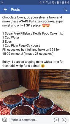 Chocolate cupcakes made with yogurt Weight Watchers Menu, Weight Watchers Smart Points, Weight Watchers Desserts, Low Calorie Desserts, Ww Desserts, Sugar Free Desserts, Dessert Recipes, Healthier Desserts, Skinny Recipes