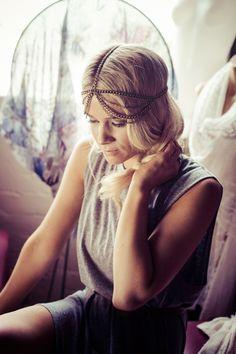 Headpieces, Casual, Fashion, Moda, Fascinators, Fashion Styles, Head Coverings, Fashion Illustrations, Fashion Models