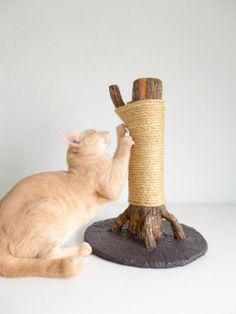 Grand arbre de Scratching un griffoir totalement par SAYSCULPTURES