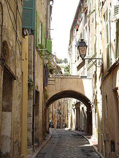 Rue des Menton Cote d'azur - FRANCE.