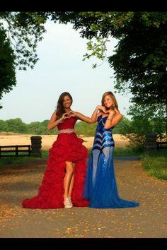 #bestfriendpictures #photos #prom Best Friend Pictures, Bestfriends, Photo S, Prom, Formal Dresses, Fashion, Best Friend Images, Beat Friends, Senior Prom