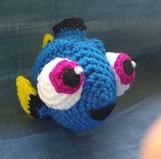 Stitch and Angel - Laetitia Etienne-Giroux - - Stitch et Angel Amigurumi Crochet Pattern: Baby Dory Crochet Mignon, Crochet Fish, Cute Crochet, Crochet For Kids, Crochet Crafts, Crochet Baby, Crochet Projects, Crochet Animals, Crochet Amigurumi