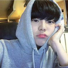 Discover and share the most beautiful images from around the world Korean Boys Hot, Korean Boys Ulzzang, Ulzzang Boy, Korean Men, Korean Girl, Cute Asian Guys, Asian Boys, Asian Men, Cute Guys