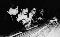 (from left to right) Mick Karn, Akiko Yano, David Sylvian, Ryuichi Sakamoto