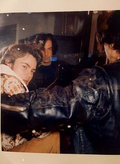River Phoenix & Keanu Reeves photographed by Bruce Weber on the set of My Own Private Idaho - circa 1990 Keanu Reeves Tumblr, Beautiful Boys, Pretty Boys, River Phoenix Keanu Reeves, My Own Private Idaho, Keanu Charles Reeves, Actors & Actresses, Pretty People, Guys
