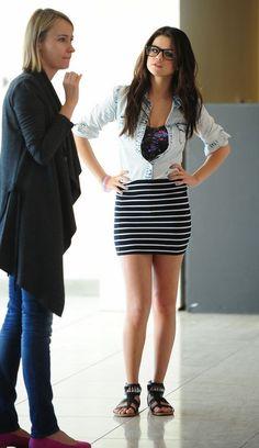 Selena-Gomez-2013-Casual-Stylish-Fashion.jpg 598×1,035 pixels