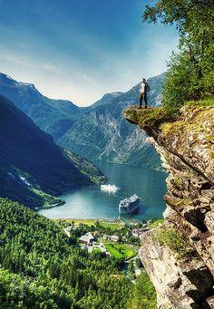 Flydalsjuvet | Self portrait from Geiranger, Norway. | Stian Rekdal | Flickr