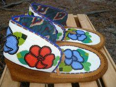 native american beadwork | Mocs | Native American Beadwork