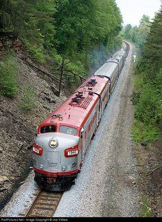 RailPictures.Net Photo: RJC 1940 R.J. Corman Railroads EMD FP7 at Shepherdsville, Kentucky by Joe Vittitoe
