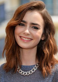 Maquillaje Lily Collins- Colómbe Makeup #maquillaje #blueeyeshadow
