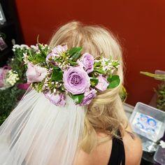 Weddin envy #flowerpiece #hairpiece #flowercrown #wedding