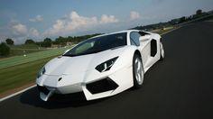 The Beast >> Lamborghini Aventador