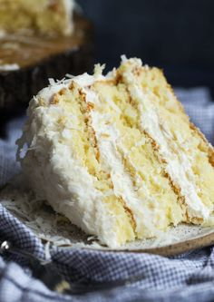 The Very Best Coconut Cake Recipe EVER! Fluffy, soft, with the perfect amount of coconut flavor, topped with creamy coconut buttercream frosting! Cake The Best Coconut Cake Recipe EVER! Best Coconut Cake Recipe Ever, Coconut Recipes, Cake Recipe Using Coconut Oil, Almond Torte Cake Recipe, Coconut Cake From Scratch, Pear And Almond Cake, Almond Cakes, Coconut Cakes, Almond Coconut Cake