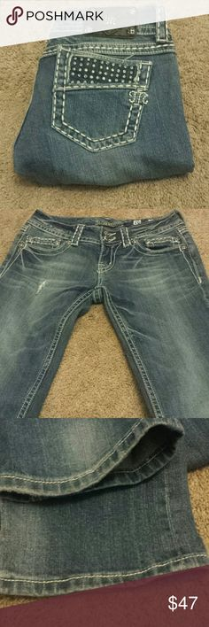 "Miss Me Boot Cut Bling Jeans! Miss Me Boot Cut Bling Jeans! Size 26, inseam 32"". EUC. Miss Me Jeans Boot Cut"
