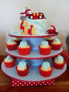 Firetruck cake and cup cakes