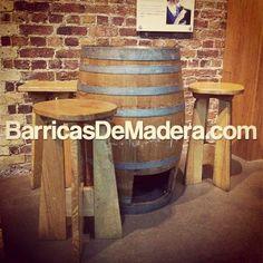 Volvemos con más #ideas. #Barricas y #taburetes, el conjunto perfecto para #bares, #tabernas, #vinotecas, #terrazas y #jardines.   Entra en www.BarricasDeMadera.com. Si te gustan nuestras ideas con barricas, ¡síguenos!   #barrels #decoracion #eventos #bar #barriques #toneles #vino #wine