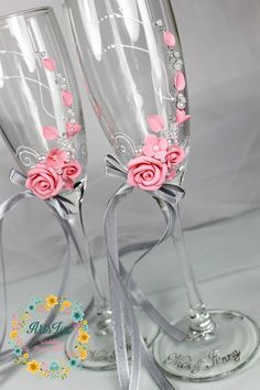 Pink&Grey wedding champagne glasses with a beautiful