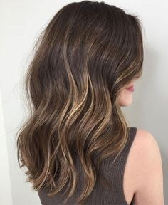 is the Difference Between Balayage and Ombre? Ombre, Bronding and Balayage Hair Ideas and Color Choices for 2017 — TheRightHairstylesOmbre, Bronding and Balayage Hair Ideas and Color Choices for 2017 — TheRightHairstyles Partial Balayage Brunettes, Dark Brunette Balayage Hair, Balyage Hair, Dark Ombre Hair, Blonde Balayage Highlights, Brown Hair With Highlights, Hair Color Balayage, Full Highlights, Brown Balayage