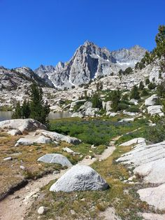 Sabrina Lake to Hungry Packer and Moonlight Lakes — Inyo National Forest, CA