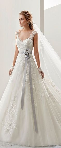 Attractive Tulle & Satin Bateau Neckline A-Line Wedding Dresses With Beaded Lace Appliques