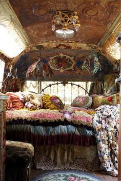 Sometimes I wish I lived in an Airstream!!!-One day I'll have one!  MAGNOLIA PEARL, AirStream camper