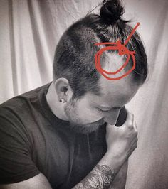 We've compiled the most Frequently Asked Questions on the Man Bun and the Top Knot and published this guide to help you get the most epic Manbuns and Topknots! Hair Tattoo Men, Hair Tattoos, Top Knot Men, Man Bun Hairstyles, Receding Hair Styles, Going Bald, Bald Men, Bald Heads, Shaved Head