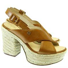 Sandália Camel 4001169 Capodarte | Moselle sapatos finos femininos! Moselle sua boutique online.