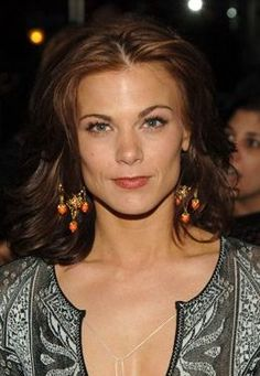 Gina Tognoni is known as Dinah to all Guiding Light fans. The actress has played that role for years, since Gina Tognoni, Soap Stars, Best Soap, Women Of Faith, Young And The Restless, Family Memories, General Hospital, It Cast, Actresses