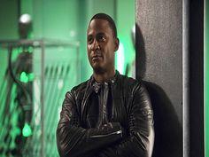 Arrow 5×04: Diggle esce di prigione, Tobias Church contro Oliver