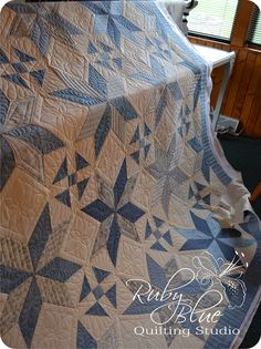 Ruby Blue Quilting Studio: Machine Quilting: Cottage Stars