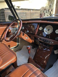 Mini Cooper Classic, Classic Mini, Classic Cars, Classic Road Bike, Classic Interior, Cars And Motorcycles, Minis, Automobile, Interiors