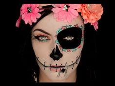 Sugar Skull Catrina Inspired Halloween Makeup Tutorial - http://www.fbdeveloper.de/sugar-skull-catrina-inspired-halloween-makeup-tutorial/