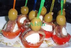 Aperitivos - Yak Tutorial and Ideas Finger Food Appetizers, Appetizers For Party, Appetizer Recipes, Tapas Dinner, Tapas Bar, Antipasto Tray, Lunch Buffet, Tasty, Yummy Food