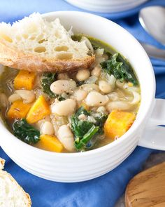 15. 30-Minute Tuscan White Bean and Kale Soup #beginner #dinner #recipes http://greatist.com/eat/healthy-dinner-recipes-for-beginners