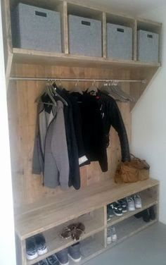 Mudroom Ideas - Mudrooms and access can be essential for keeping your residence arranged. If you're desiring an elegant as well as effective space, browse through these . ideas cubbies Smart Mudroom Ideas to Enhance Your Home Room Interior, Interior Design Living Room, Living Room Decor, Mudroom, Home And Living, Home Projects, Shelving, House Design, Storage