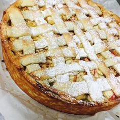 """Dnešní dezert je vynikající domácí """"APPLE PIE"""" jablečný koláč #apple #pie #top #vynikajici #prague #brezineves #tohlechces"""
