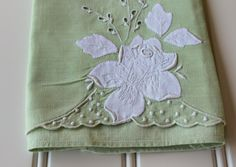 Vintage Finger Tip Towel  Linen Tea Towel  Green by catnapcottage