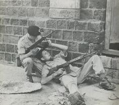 Fusiliers :: Terrorist Grenade Attack Crater Aden Saudi Arabia 1966-67