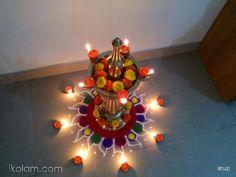 Diwali 2013, Diwali Diy, Diwali Craft, Diwali Rangoli, Simple Rangoli, Diwali Decorations At Home, Festival Decorations, Flower Decorations, Rangoli Designs Photos