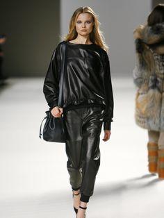 Runway model | chloe runway, leather, model, fashion, fashion week photo | Posh24.com