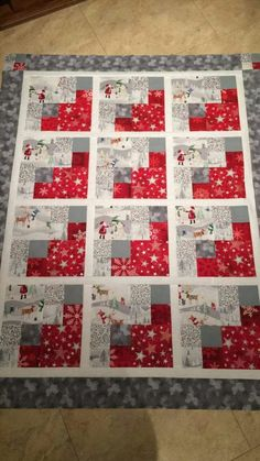 ideas christmas quilting designs log cabins for 2019 Colchas Quilt, Patchwork Quilt, Patch Quilt, Scrappy Quilts, Easy Quilts, Mini Quilts, Quilt Blocks, Christmas Quilt Patterns, Christmas Sewing