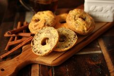 French Toast bagel: low carb, gluten and dairy free!