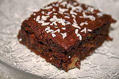 Sagenhafte Brownies mit Zucchini, ein sehr leckeres Rezept aus der Kategorie Kuchen. Bewertungen: 44. Durchschnitt: Ø 4,6.