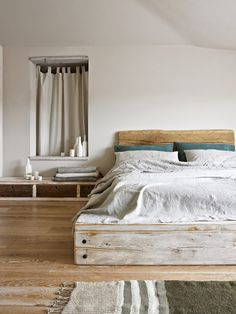 bed made of recycled wood - THE TRAVEL FILES: AN ECO FRIENDLY B&B IN ITALY | THE STYLE FILES
