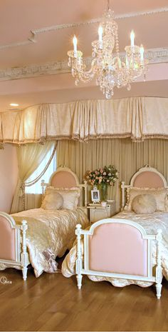 wow..way over the top but what a beautiful princess room