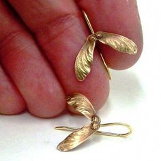 Japanese maple seed earrings in bronze and 14 carat gold, drop earrings, bo . - Japanese maple seed earrings in bronze and 14 carat gold, drop earrings, bo … - Turquoise Jewelry, Jewelry Box, Silver Jewelry, Jewelry Accessories, Jewelry Making, Silver Ring, Jewellery Uk, Pearl Jewelry, Bridal Jewelry
