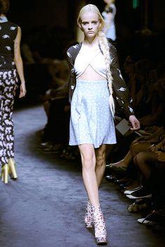 Miu Miu Spring 2010 Ready-to-Wear Fashion Show - Ginta Lapina (Women)