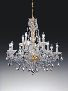 Kristallikruunu Italiasta. Valikoimassamme on myös paljon muita laadukkaita ja persoonallisia kristallikruunuja, tutustu!