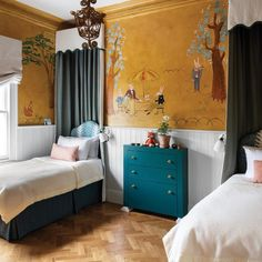 Ludwig Bemelmans inspired nursery mural in the London home of Swedish interior designer Beata Heuman. Love canopy beds in a children's room. Architectural Digest, Beata Heuman, Whimsical Bedroom, Swedish Interiors, Industrial Bedroom, Industrial Lighting, Modern Lighting, Lighting Ideas, London House