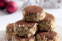 Čokoládové dortíčky   Apetitonline.cz Czech Desserts, Different Types Of Bread, Czech Recipes, Trifle, Graham Crackers, Christmas Baking, Pavlova, Sweet Recipes, Baking Recipes